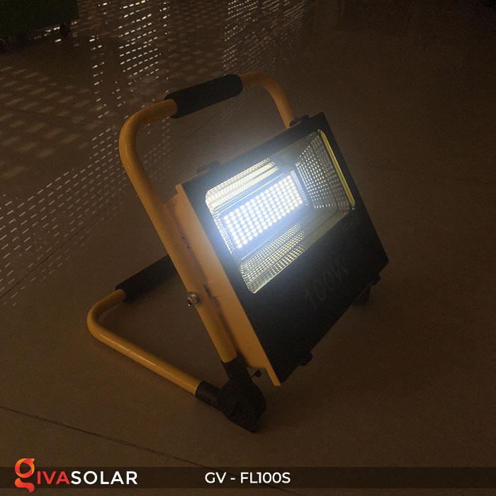 Đèn pha đa năng chạy năng lượng mặt trời GV-FL100S 8