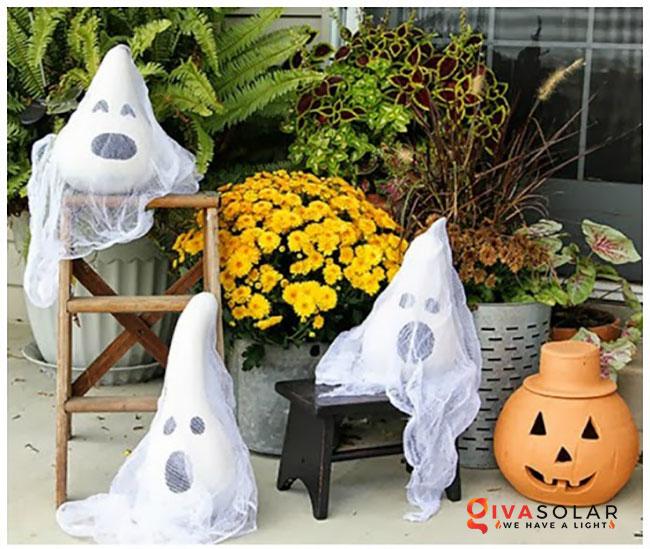 ý tưởng trang trí Halloween ngoài trời 28