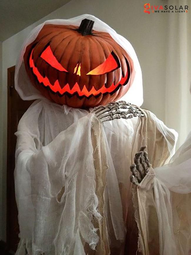 ý tưởng trang trí Halloween ngoài trời 35