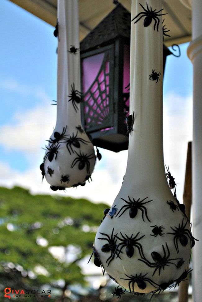 ý tưởng trang trí Halloween ngoài trời 5