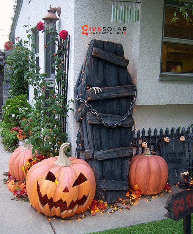 ý tưởng trang trí Halloween ngoài trời 9