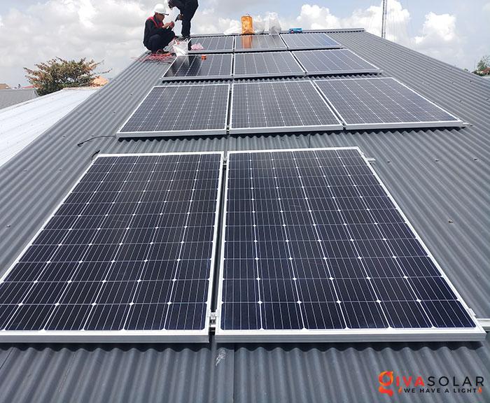 Lắp đặt hệ thống điện mặt trời 4KW mái tôn tại Cần Thơ 3