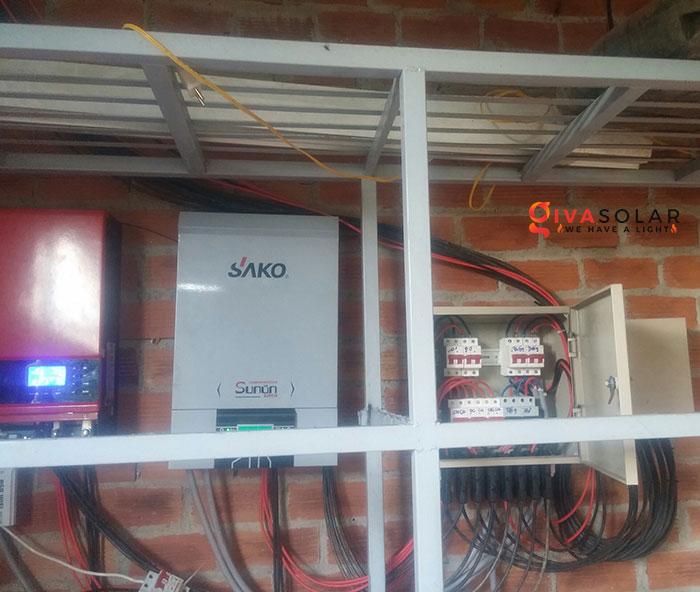 Lắp đặt hệ thống năng lượng mặt trời độc lập 5KW ở Bình Phước 13