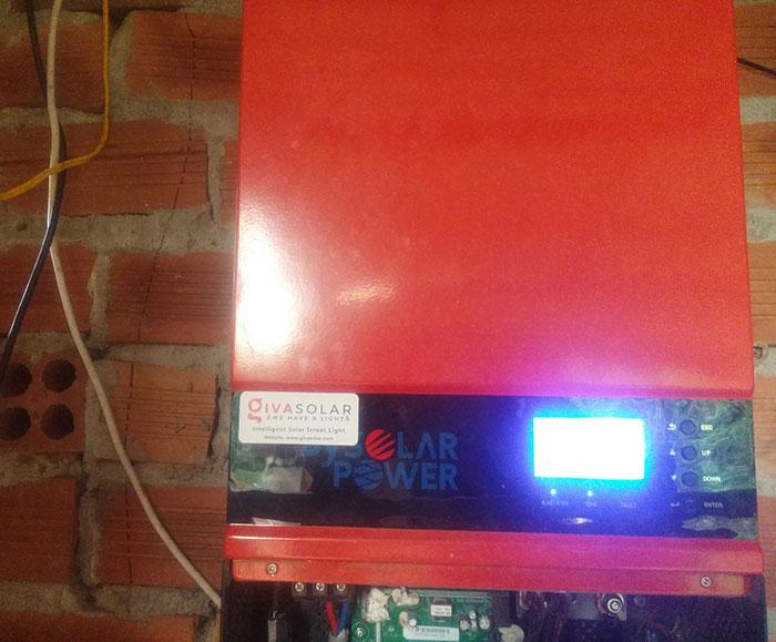 Lắp đặt hệ thống năng lượng mặt trời độc lập 5KW ở Bình Phước 16