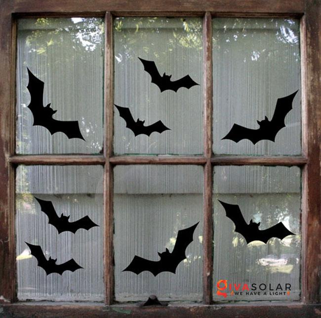 Ý tưởng trang trí cửa sổ Halloween 17