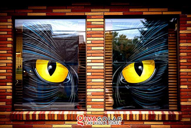 Ý tưởng trang trí cửa sổ Halloween 21