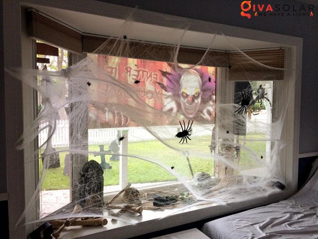 Ý tưởng trang trí cửa sổ Halloween 28