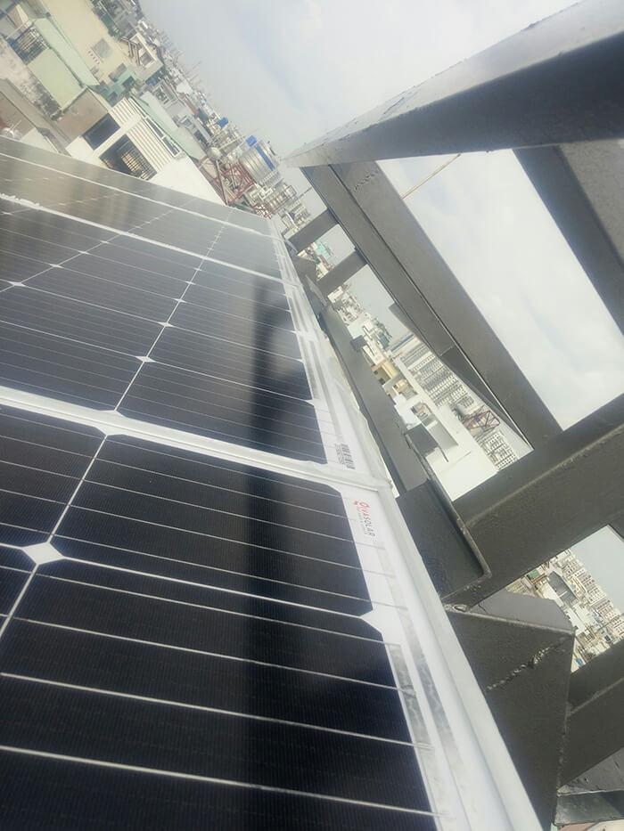 Lắp đặt hoàn thành hệ thống hòa lưới 6.8KW ở Bình Tân 8
