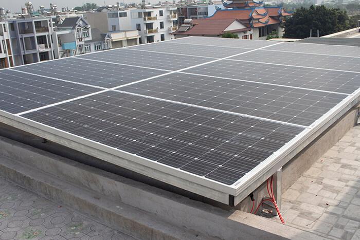 lắp điện mặt trời hòa lưới 4.5 KW cho anh Tường ở Quận 12 1