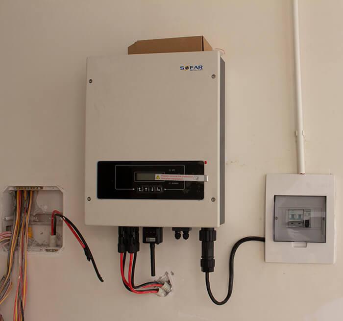 lắp điện mặt trời hòa lưới 4.5 KW cho anh Tường ở Quận 12 12