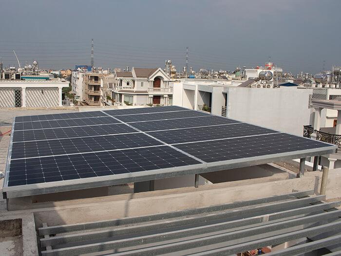 lắp điện mặt trời hòa lưới 4.5 KW cho anh Tường ở Quận 12 2