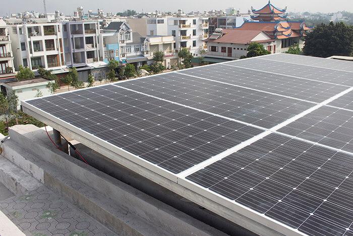 lắp điện mặt trời hòa lưới 4.5 KW cho anh Tường ở Quận 12 3