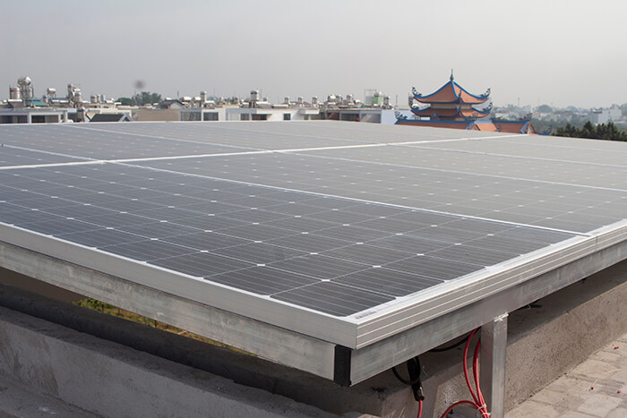 lắp điện mặt trời hòa lưới 4.5 KW cho anh Tường ở Quận 12 4