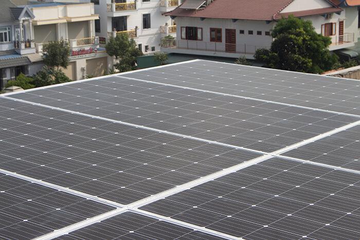 lắp điện mặt trời hòa lưới 4.5 KW cho anh Tường ở Quận 12 5