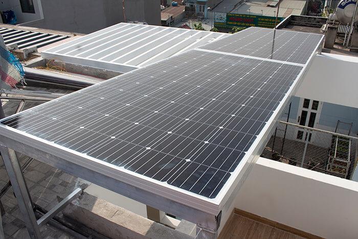 lắp điện mặt trời hòa lưới 4.5 KW cho anh Tường ở Quận 12 6
