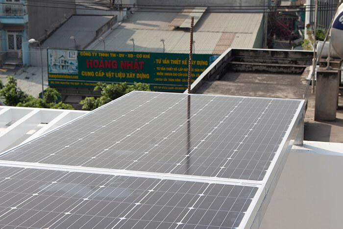 lắp điện mặt trời hòa lưới 4.5 KW cho anh Tường ở Quận 12 7