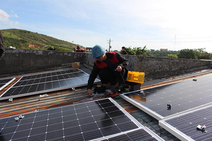 hệ thống điện mặt mặt trời 40KW hòa lưới 3 pha Ở Lâm Đồng 17