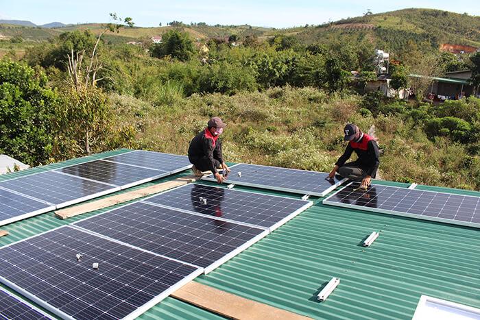 hệ thống điện mặt mặt trời 40KW hòa lưới 3 pha Ở Lâm Đồng 8