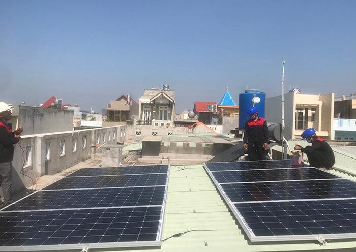Lắp điện mặt trời hòa lưới 5KW cho Anh Tám ở Vũng Tàu 1