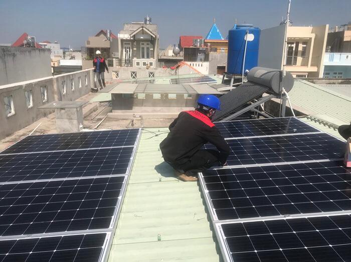 Lắp điện mặt trời hòa lưới 5KW cho Anh Tám ở Vũng Tàu 2