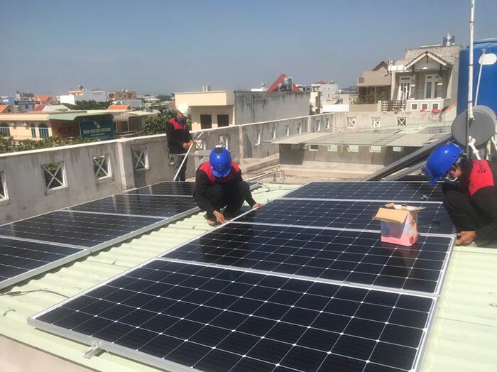 Lắp điện mặt trời hòa lưới 5KW cho Anh Tám ở Vũng Tàu 3
