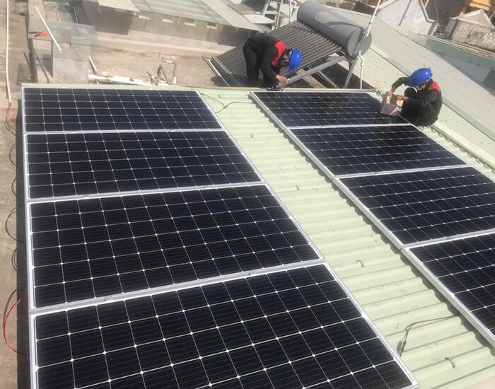 Lắp điện mặt trời hòa lưới 5KW cho Anh Tám ở Vũng Tàu 4