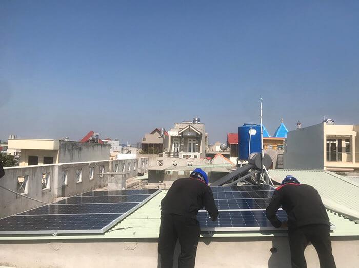 Lắp điện mặt trời hòa lưới 5KW cho Anh Tám ở Vũng Tàu 5