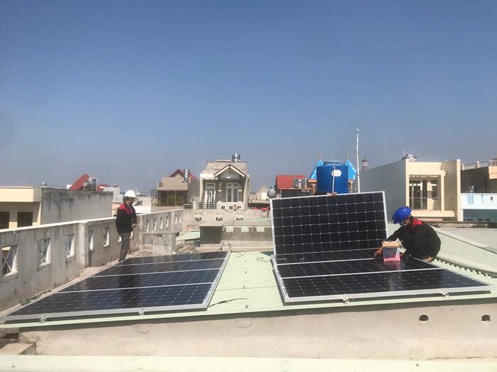 Lắp điện mặt trời hòa lưới 5KW cho Anh Tám ở Vũng Tàu 6