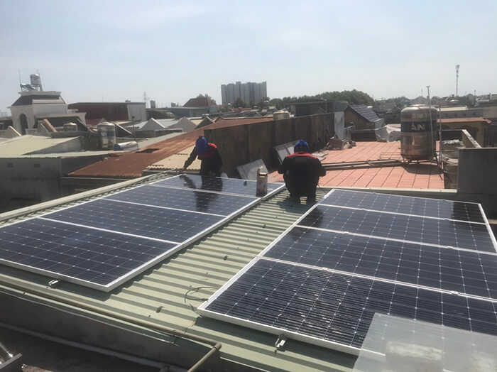 Lắp điện mặt trời hòa lưới 5KW cho Anh Tám ở Vũng Tàu 9