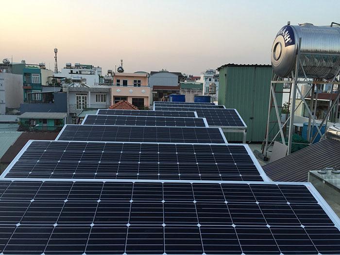 hệ thống điện mặt trời hòa lưới 3KW cho anh Danh ở Gò Vấp 5
