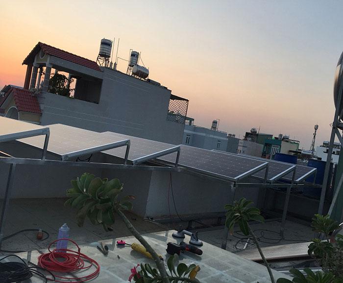 hệ thống điện mặt trời hòa lưới 3KW cho anh Danh ở Gò Vấp 9
