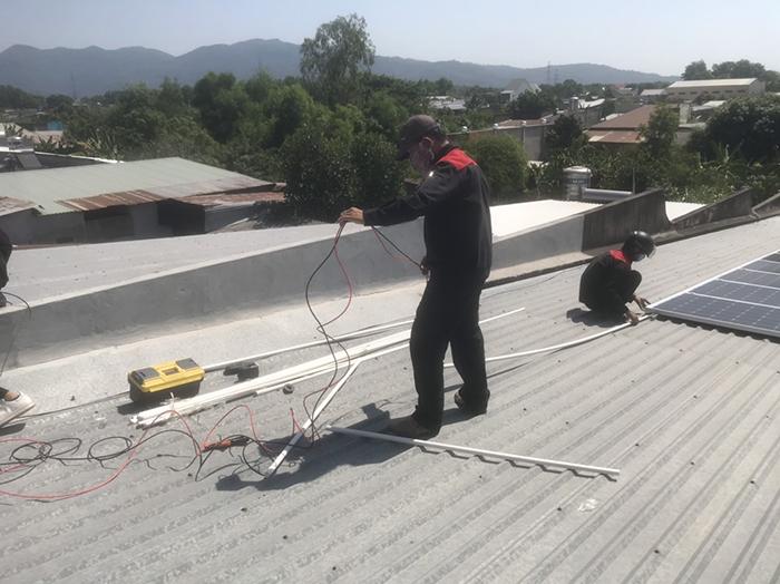 lắp đặt hệ thống điện mặt trời 3KW hòa lưới cho anh Sơn ở BRVT 1