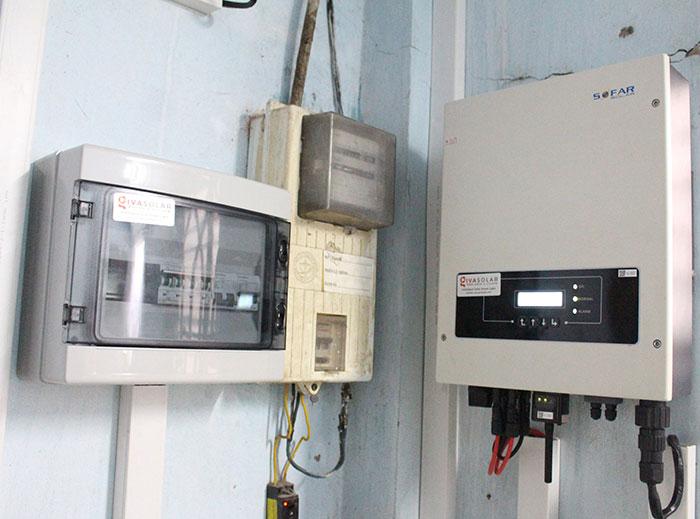 lắp đặt hệ thống điện mặt trời 10KW cho chú Ích ở Bình Chánh 13