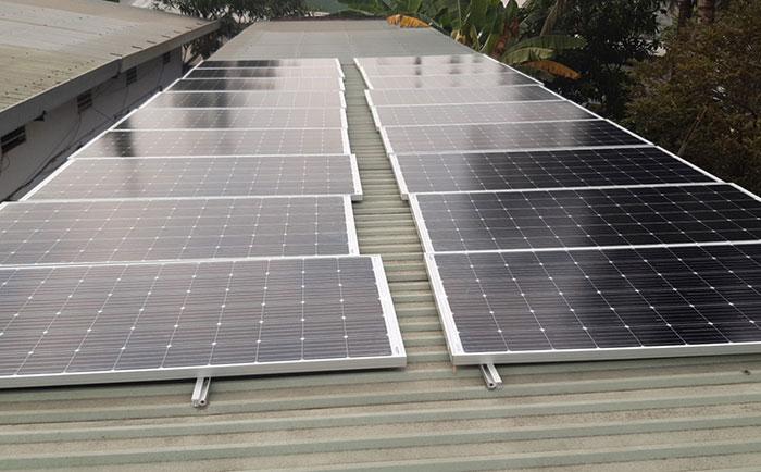 lắp đặt hệ thống điện mặt trời 10KW cho chú Ích ở Bình Chánh 2