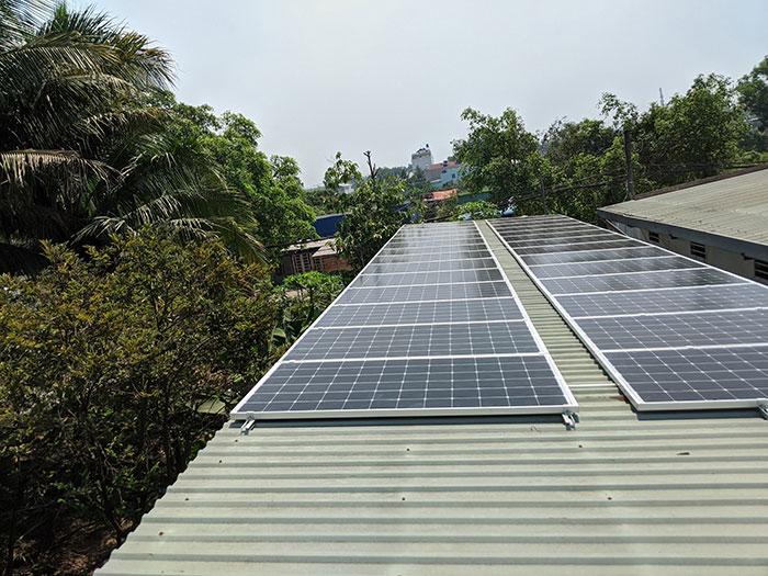 lắp đặt hệ thống điện mặt trời 10KW cho chú Ích ở Bình Chánh 5