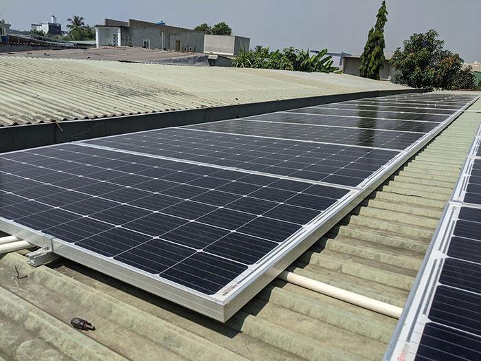 lắp đặt hệ thống điện mặt trời 10KW cho chú Ích ở Bình Chánh 7