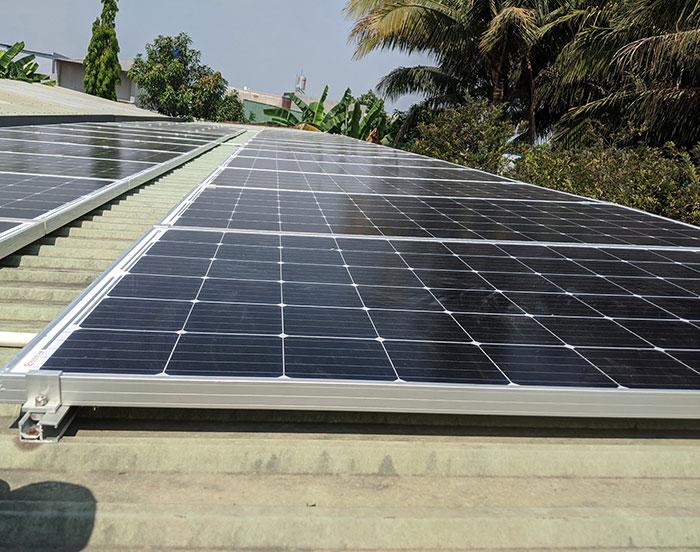 lắp đặt hệ thống điện mặt trời 10KW cho chú Ích ở Bình Chánh 8