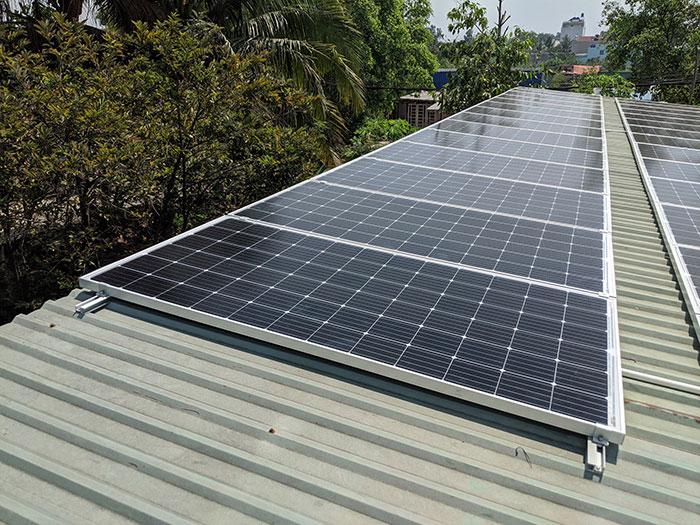 lắp đặt hệ thống điện mặt trời 10KW cho chú Ích ở Bình Chánh 9