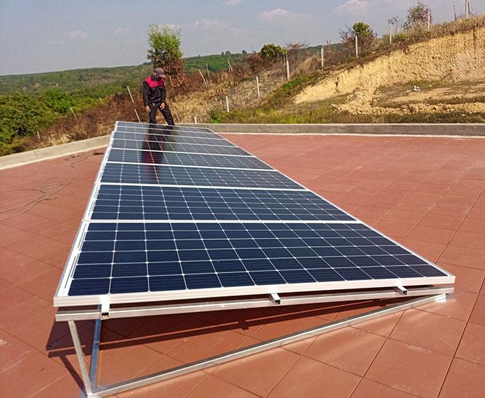 Lắp đặt hệ thống điện mặt trời độc lập 3KW cho anh Vững ở Đồng Nai 5