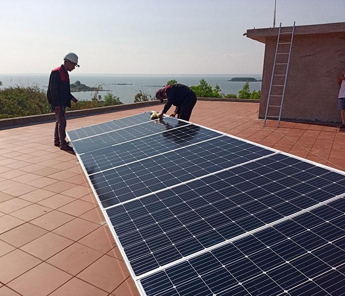 Lắp đặt hệ thống điện mặt trời độc lập 3KW cho anh Vững ở Đồng Nai 6
