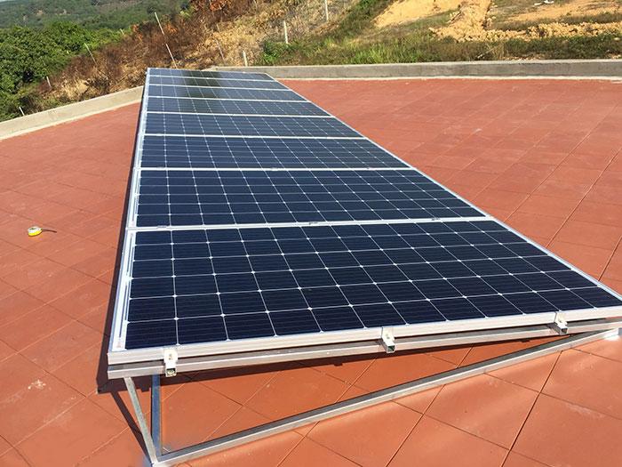 Lắp đặt hệ thống điện mặt trời độc lập 3KW cho anh Vững ở Đồng Nai 8