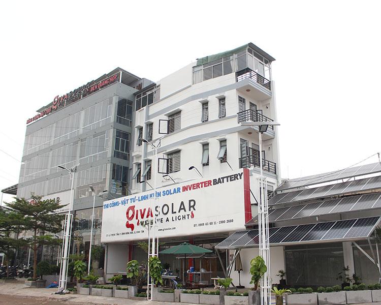 Showroom đèn năng lượng mặt trời của GivaSolar 1
