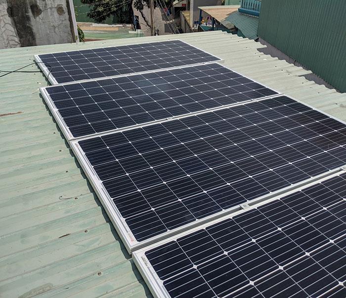 Hoàn thành dự án điện mặt trời hòa lưới 5 kWp cho anh Khang ở Quận 9 4