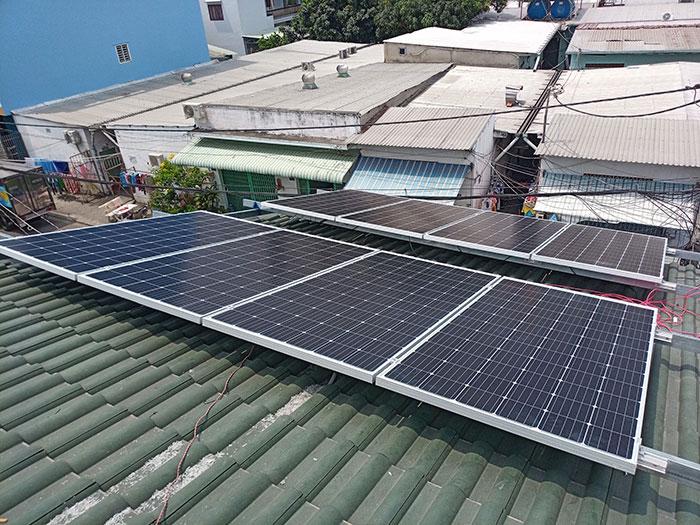 Dự án điện mặt trời hòa lưới 5KW cho anh Liệt ở Bình Tân 3