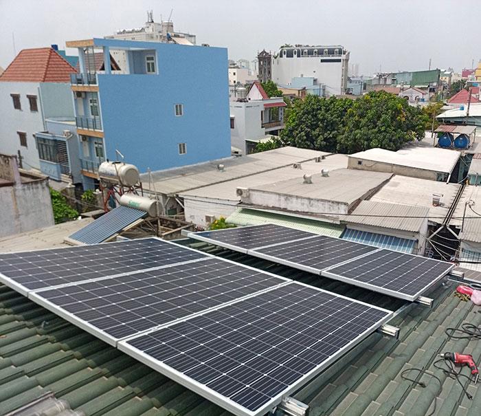 Dự án điện mặt trời hòa lưới 5KW cho anh Liệt ở Bình Tân 4