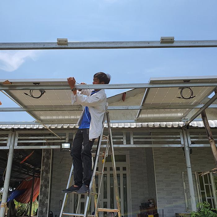 Lắp đặt hệ thống điện mặt trời độc lập 3KW cho anh Linh ở Long An 1