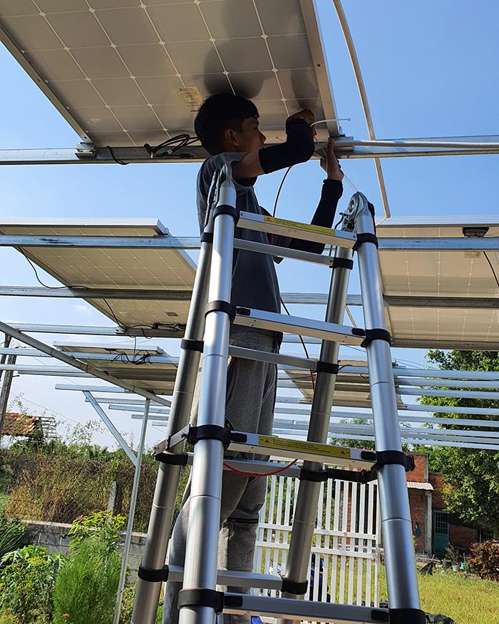 Lắp đặt hệ thống điện mặt trời độc lập 3KW cho anh Linh ở Long An 2