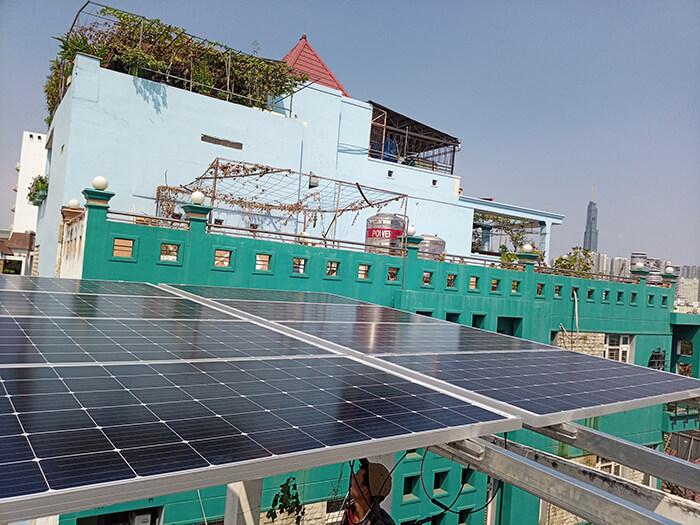 Lắp điện năng lượng mặt trời hòa lưới 4 KW cho chú Phú ở Bình Thạnh 3