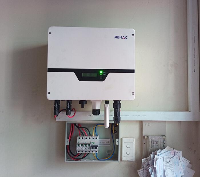 Lắp điện năng lượng mặt trời hòa lưới 4 KW cho chú Phú ở Bình Thạnh 7