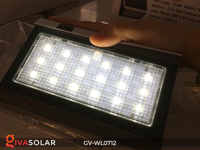 Đèn LED treo tường chạy năng lượng mặt trời GV-WL0712 14